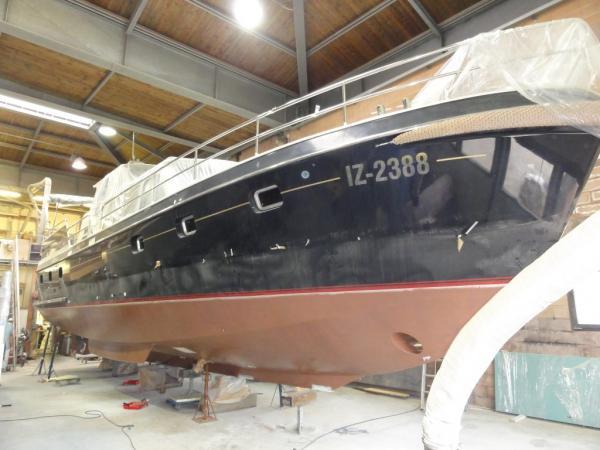 Drifter 15 m Motoryacht 2014 mit Coppercoat beschichtet